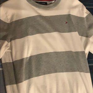 Tommy hilfigure men's sweater